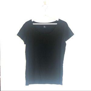 Gap Favorite Fit Scoopneck Short Sleeve T-Shirt